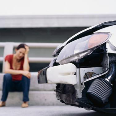 Low-angle-view-of-car-after-accident_web