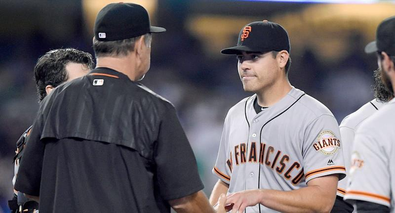 Giants lefty Moore pitching no-hitter through 6 vs Dodgers