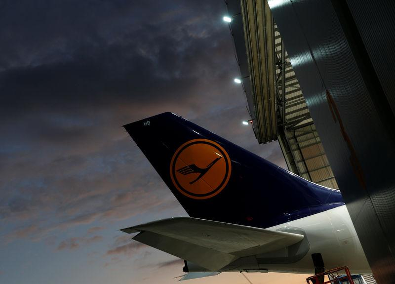 Germany's Lufthansa cancels 912 flights in pilot strike