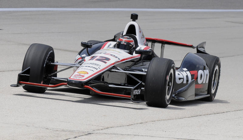 IndyCar drops double-file restarts for season