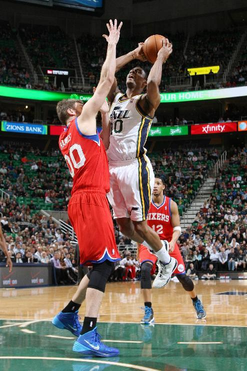 Burks lifts Jazz to 105-100 win over 76ers