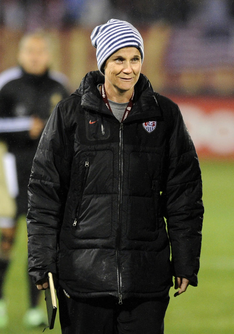 Wambach: Players not behind Sermanni's firing