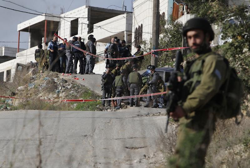 Palestinian gunman killed after wounding 3 Israeli soldiers