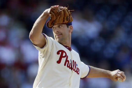 Lee, Rollins lead surging Phils to 7th win in row