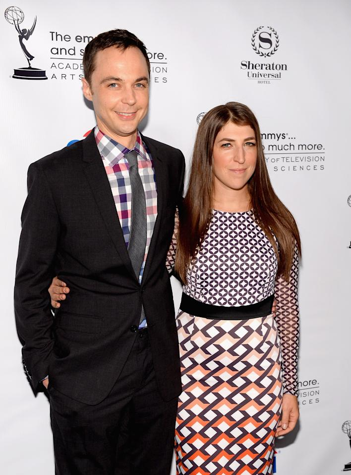 UNIVERSAL CITY, CA - AUGUST 19: Actors Jim Parsons and Mayim Bialik arrive at the Academy of Television Arts & Sciences' Performers Peer Group cocktail reception to celebrate the 65th Primetime Emmy Awards at Sheraton Universal on August 19, 2013 in Universal City, California. (Photo by Mark Davis/Getty Images)