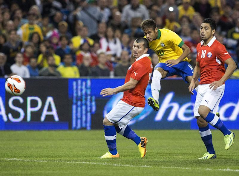 Brazil tops Chile 2-1 in friendly