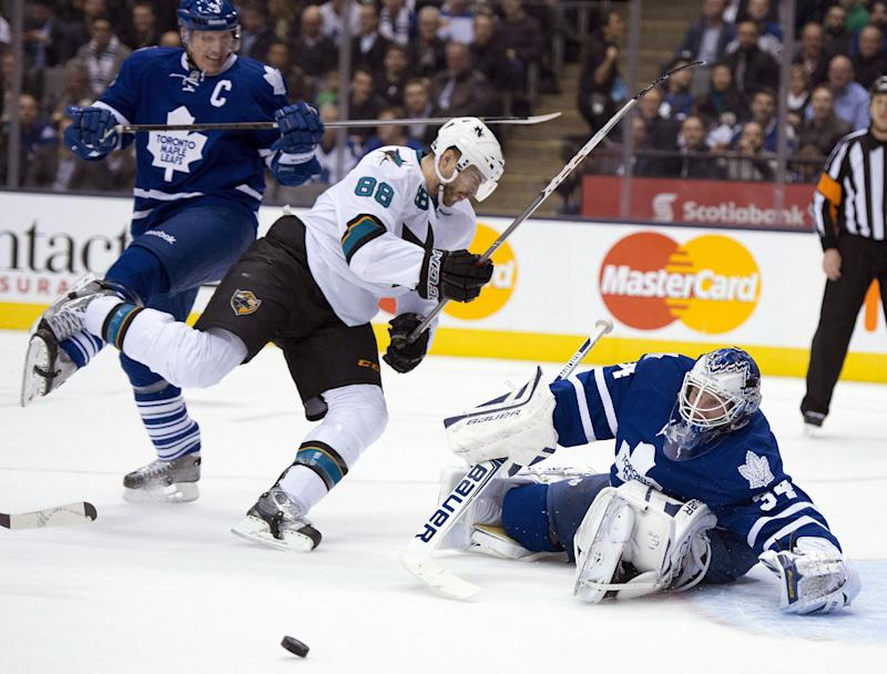 Brown, Sharks beat Maple Leafs 4-2
