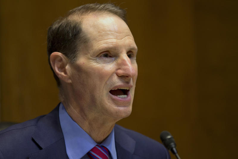 Ore. Sen. Wyden gives tax overhaul top priority