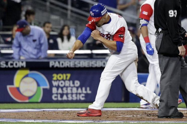 US reaches WBC semifinal with win over Dominican Republic