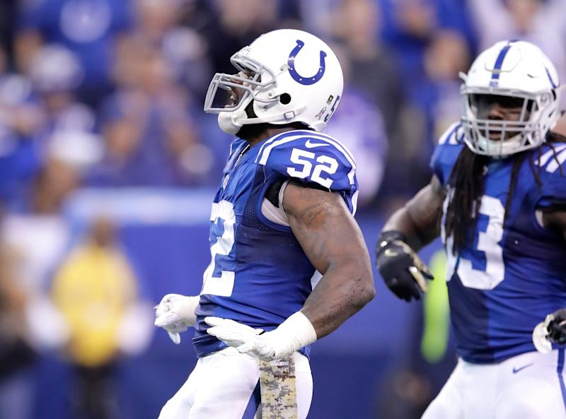 Colts' D'Qwell Jackson suspended for 4 games