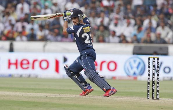 Deccan Chargers vs Bangalore Royal Challengers - IPL 2012 : News Photo