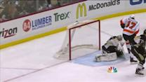 Simmonds deflects one on the power play