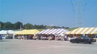 Vendors Setting Up For Race Fans