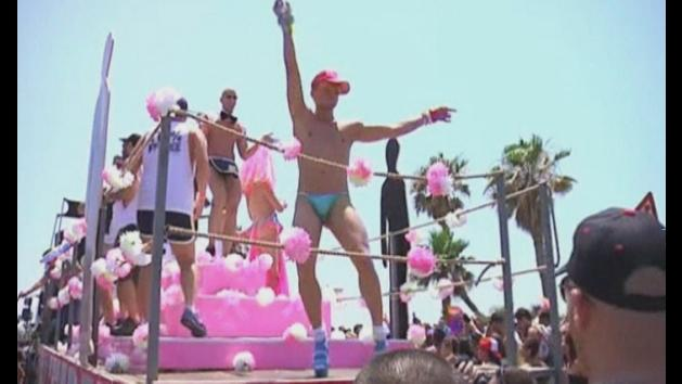 Tel Aviv holds gay pride parade