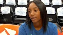 Little League Pitcher Mo'ne Davis Meets WNBA Players in Minnesota