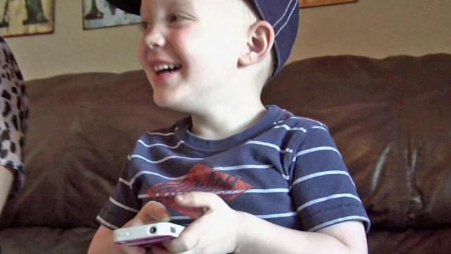 Boy uses FaceTime to help injured mom