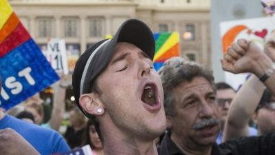 Arizona Religious Bill That Angered Gays Vetoed