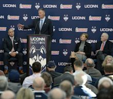 UConn pulls recruit's scholarship two weeks before signing day