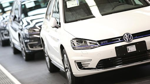 Volkswagen shares fall on report that US government assessing criminal fine