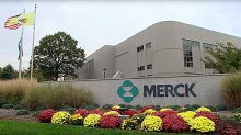 Merck, Roche Gouge Bristol's I-O Share After Lung Cancer Approvals