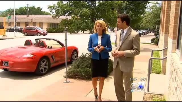 Wendy Davis Talks Politics With CBS 11 News