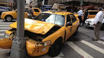 2 injured in Midtown taxi accident