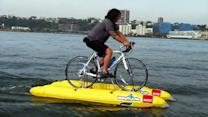 Man crosses Hudson River - on a bike