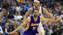 Lakers waive Jose Calderon, all signs point to Warriors deal