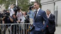 Judge vacates Tom Brady's 4-game suspension