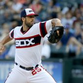 White Sox avoid Chapman, down Cubs 3-0 behind Shields