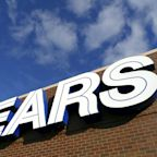Sears surprises with a beat, Best Buy same-store sales make a comeback, HP's PC, printer business grows
