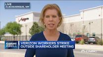 VZ workers strike outside shareholders meeting