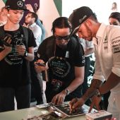 Hamilton vows to give everything in Formula One title fightback