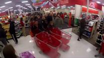Timelapse shows Black Friday buzz in Minnesota