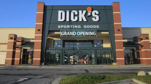 Have Investors Missed the Chance to Buy Dick's Sporting Goods?