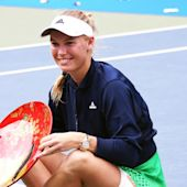 Wozniacki edges closer to top-20 return, Pouille and Zverev break new ground