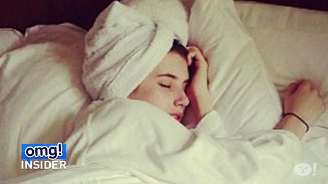 Emma Roberts Channels Her Aunt Julia in New Pic