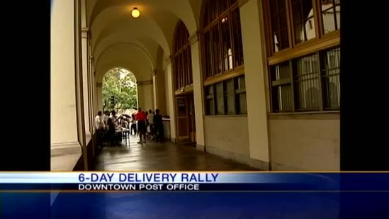 Postal workers join in delivery rally