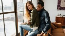 6 Reasons American Eagle Outfitters is a Better Value Stock than Gap Inc.