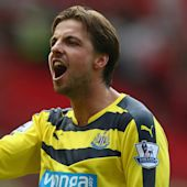 Krul joins Ajax on loan after signing new Newcastle deal