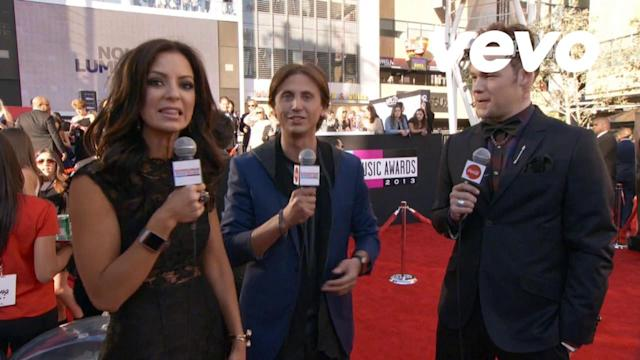 Red Carpet Interview (2013 AMAs)