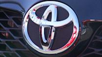 Toyota in $1 billion settlement over acceleration defect