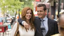 """Suits Star Sarah Rafferty Reveals Some Hints About the """"Raw and Emotional"""" Season Finale"""
