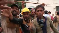Fresh clashes in Islamabad as pressure mounts on PM to resign