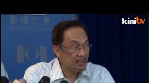 Anwar to govt: Cut 'Maharaja' style spending and resist GST