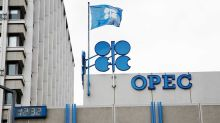 Week In Review: OPEC, Jobs, Holiday Sales, Stocks Diverge