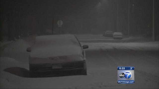 Snow blankets Chicago southwest suburbs