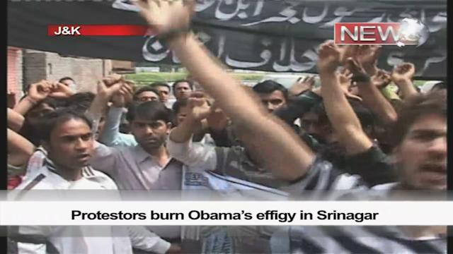 Protestors burn Obama's effigy in Srinagar