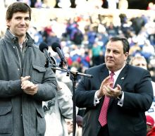 "Eli Manning takes high road after New Jersey governor Chris Christie calls him a ""liar"""