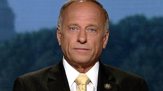 GOP lawmaker threatening to sue over WH immigration policy